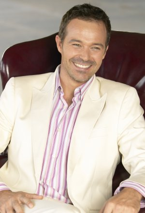 Cameron Daddo as host of Pirate Master